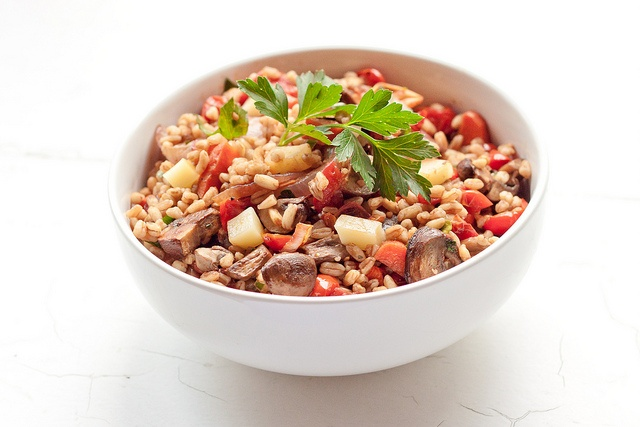 farro salad with roasted vegetables and fontiana