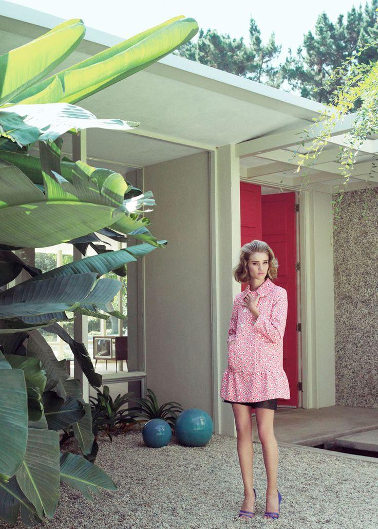 Rosie Huntington-Whiteley by Tom Munro for Harper's Bazaar UK January 2012