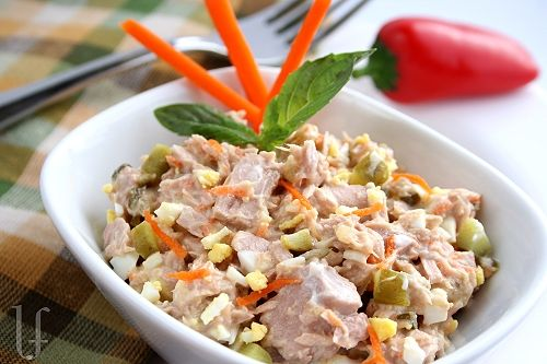 ... different - a lotta good, solid white tuna w/grated carrot & egg