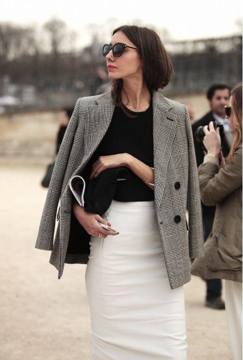 白のタイトスカート着こなしコーデ
