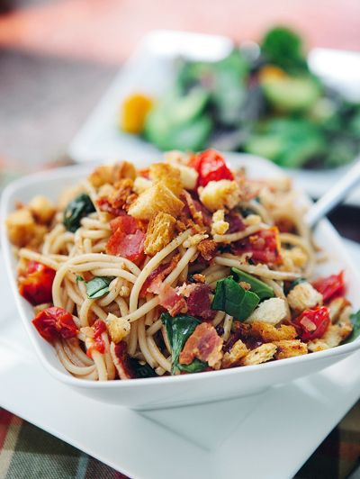 BLT Pasta with Garlic Toast Bread Crumbs - we all like this. A bit or ...