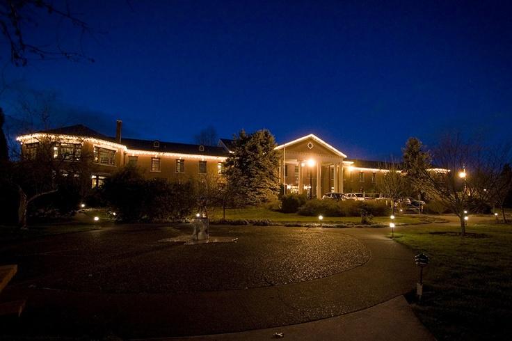 McMenamins - Grand Lodge Home
