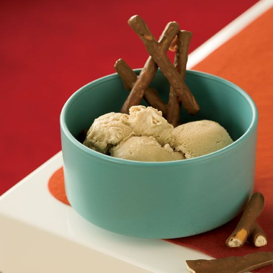 Guiness Ice Cream with Chocolate Covered Pretzels // More Ice Cream ...