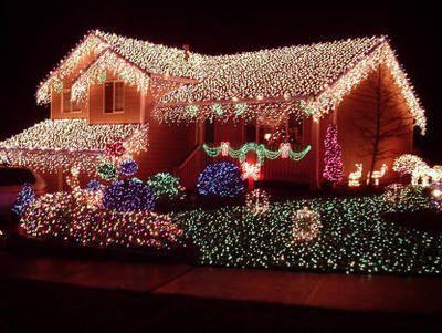 Decoración navideña al exterior en Estados Unidos
