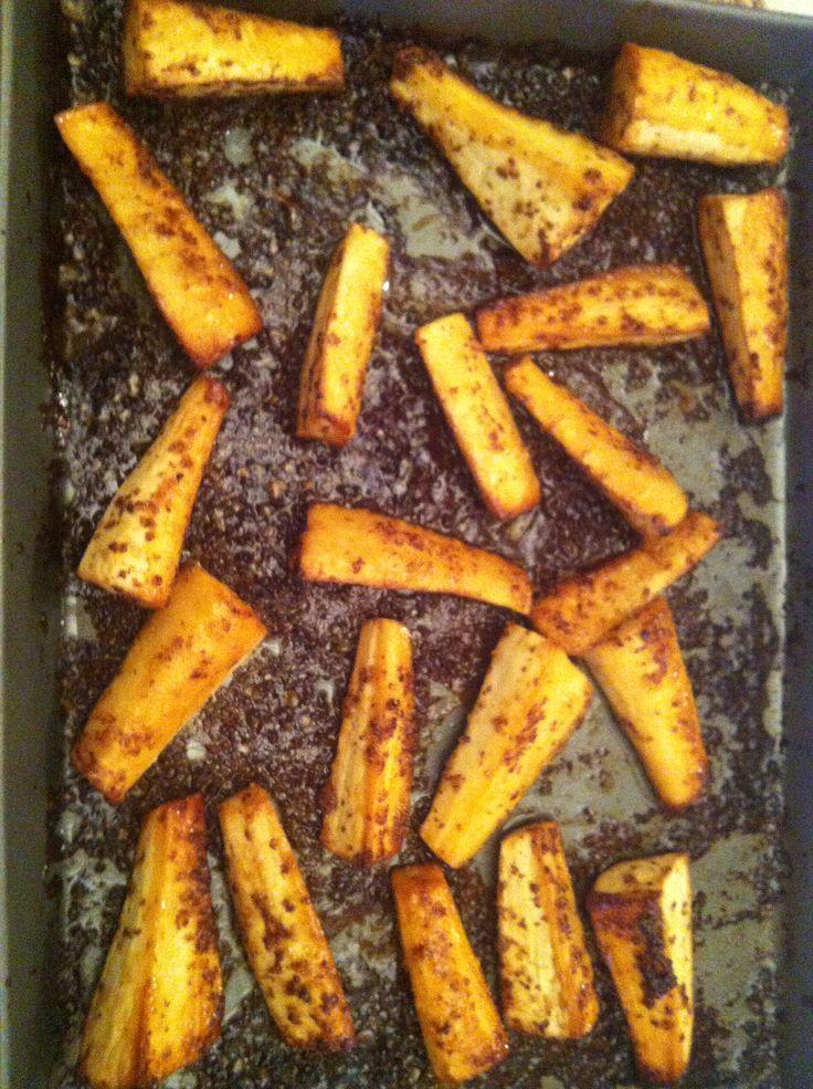 honey & mustard roasted parsnips | Sunday Roast Day | Pinterest