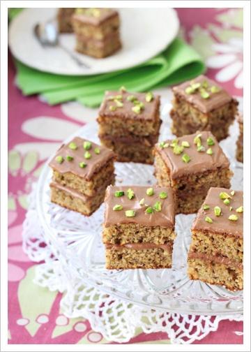 Milk chocolate pistachio squares | Food | Pinterest