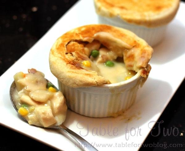 individual ramekin pot pie | Yummy Food | Pinterest