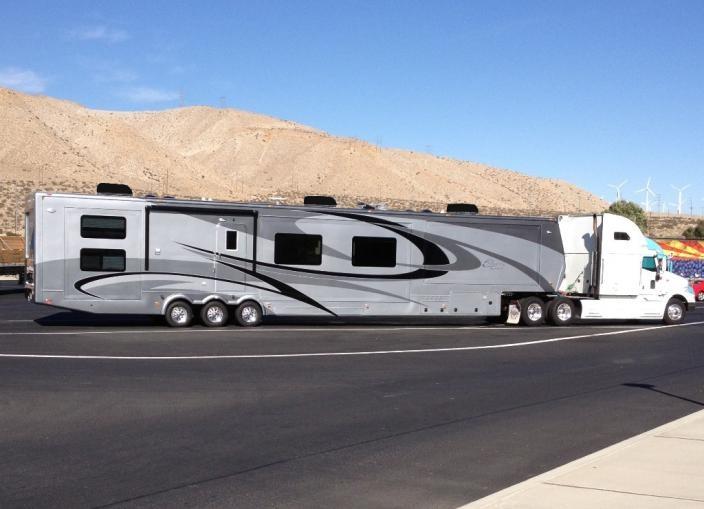 custom luxury 5th wheels and travel trailers rv camper pinterest