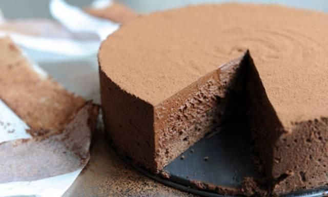 Dan Lepard's chocolate custard mousse cake recipe