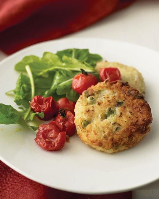 Risotto Cakes with Roasted Tomatoes and Arugula | Recipe