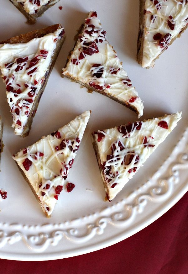 Cranberry Bliss Bars (Starbucks Copycat Recipe) - otherwise known as White Chocolate- Cranberry Blondies