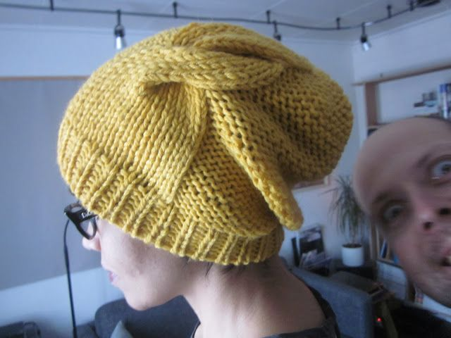 HattieMyLove: Double Twist Hat pattern