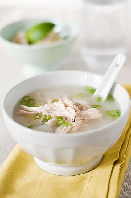 Chicken soup with rice/lemon grass