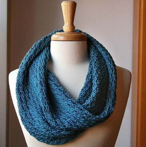 Knitting Pattern For Snood Scarf : Infinity Circle Scarf Knitting Pattern - Snood Loop ...