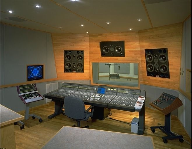 Sony recording studio 5 1 control room audio hi fi for Control room design jobs