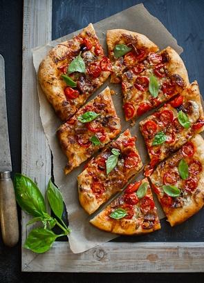 Cherry Tomato & Bacon Pizza   Mamma got a CSA   Pinterest