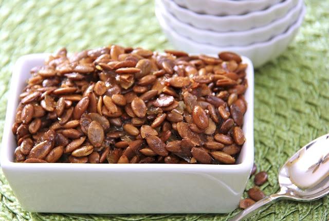 ... sweet & salty pepitas (aka: pumpkin seeds)...sounds addictive