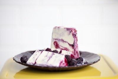 Jeni's Ice Cream: Sweet Corn & Black Raspberries