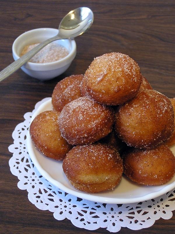 ... קבלת פנים לבלוג החדש! ~ Doughnuts and Doughnut Holes
