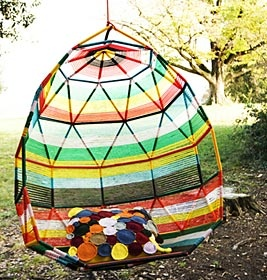 """Tropicalia """"Cocoon"""" of Moroso: I need this swing chair!"""