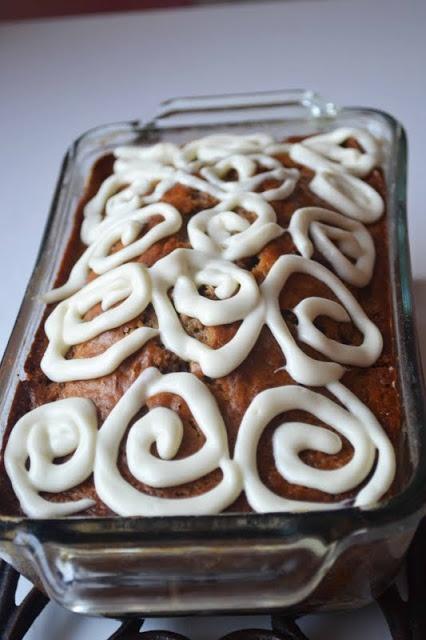 Bakeaholic Mama: Maple Cinnamon Bun Quick Bread