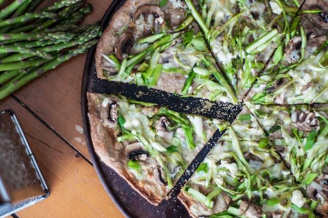shaved asparagus mushroom pizza | Cuisine: Pasta & Pizza | Pinterest