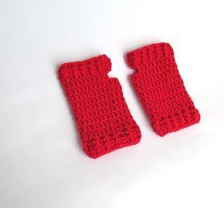 Ravelry: Ribbed Fingerless Gloves pattern by Ohio Crochet Lady