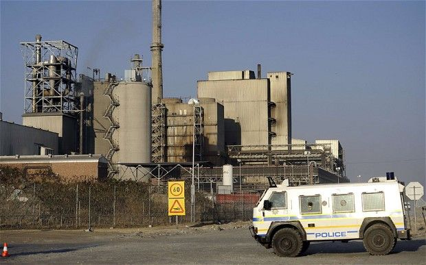 Lonmin says just 13 percent of workers have reported for duty on Monday and says miners have been threatened