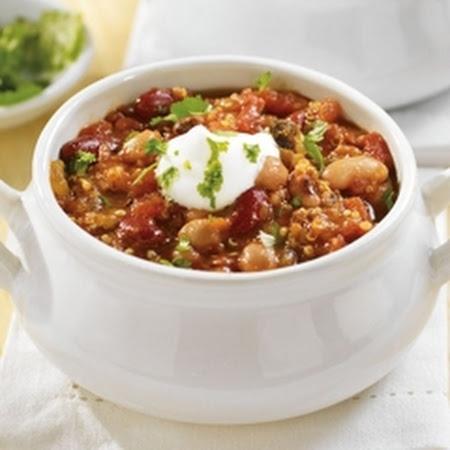 Hearty Vegetarian Quinoa Chili | I'm Veggie & I Know It | Pinterest