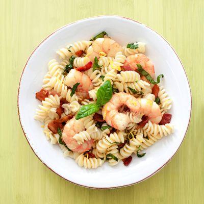 Rotini with Shrimp and Bacon #recipe #pasta