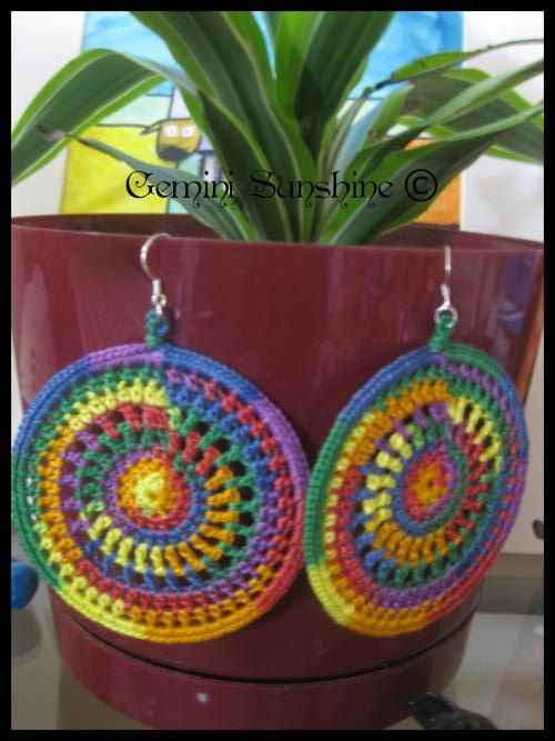 Rainbow Sol Crochet Earrings | I like that | Pinterest