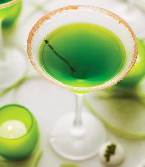 Green Appletini {image via Brides / recipe via Drinks Mixer}