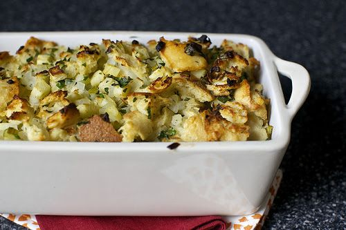 apple and herb stuffing | Things to Cook | Pinterest