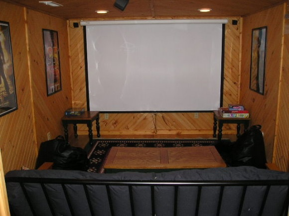 Small theater room house ideas pinterest for Small theater room ideas
