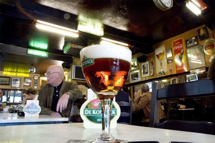 cafe Den Engel Antwerpen Robs Pinterest