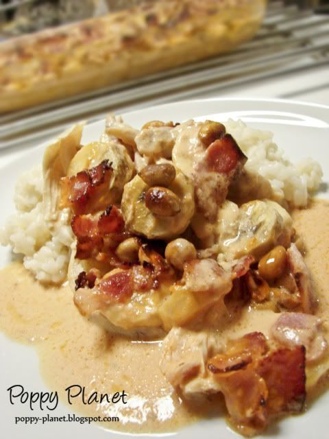 Flying James - chicken, bananas, bacon and peanuts... mmm...