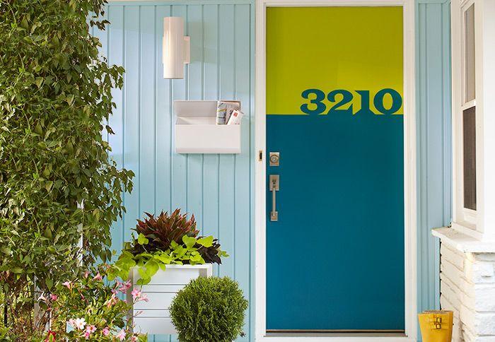 Contemporary Front Door 700 x 484