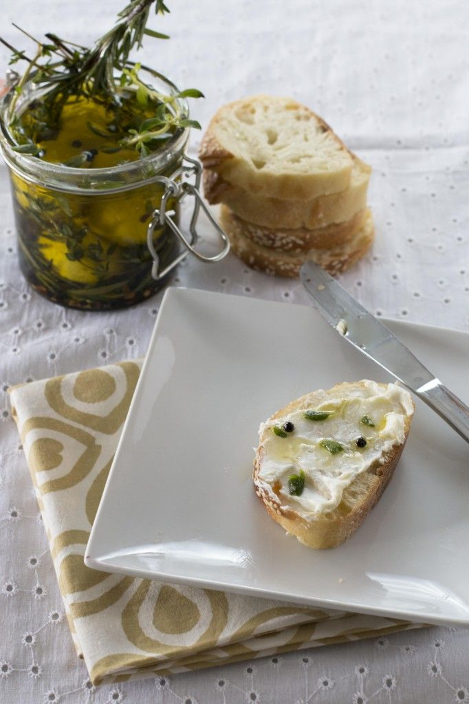 Marinated Goat Cheese - Cake 'n' Knife | Finger Food | Pinterest