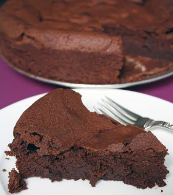 Chocolate cloud cake | Deserts and foods I want to try | Pinterest