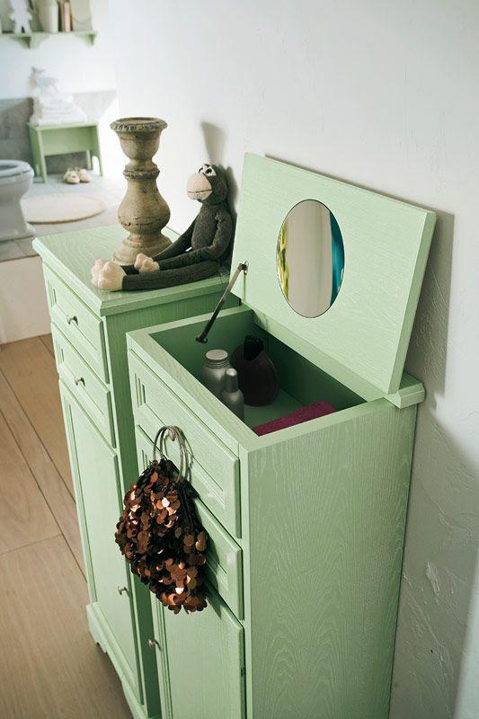 ... verde http://www.cerasa.it/it_IT/bagni/classico/paestum/arredo-bagno