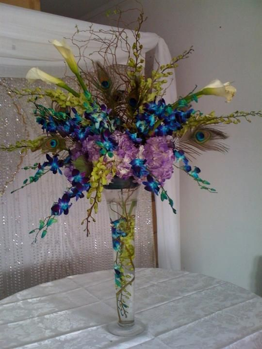 Peacock floral arrangements peacock passion my wedding - Peacock arrangements weddings ...