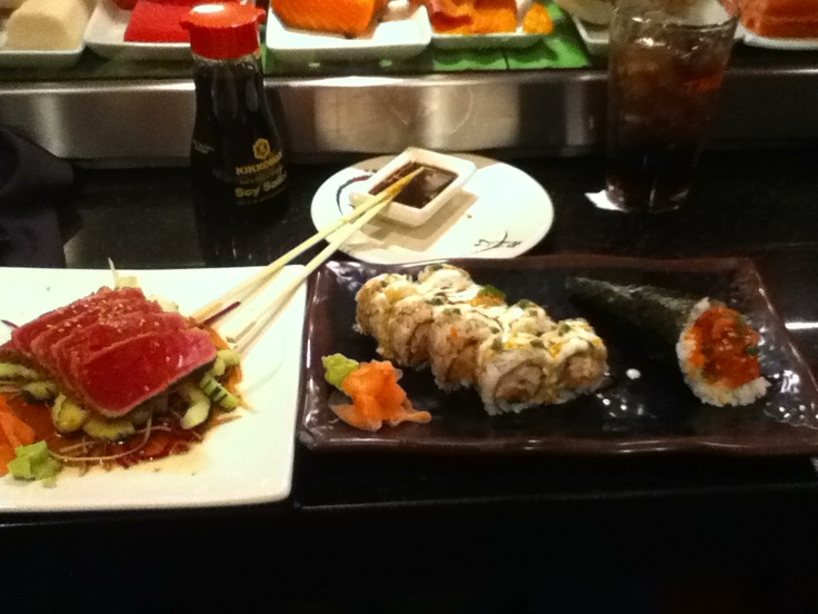 Seared Tuna, Chef Special, Spicy Tuna/Smelt Roe hand roll - Tacosushi ...