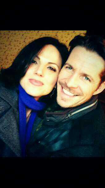 #OUAT #OutlawQueen Lana Parrilla & Sean Maguire are so cute...hope this storyline finds a happy ending for the #EvilQueen