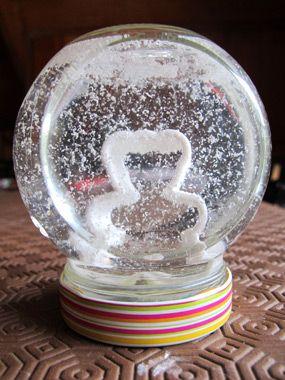 Boule à neige faite maison !  bricolage  Pinterest