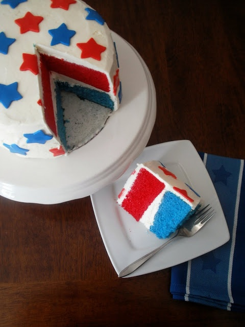 The Busty Baker: Red White and Blue Cake - try to use natural food ...