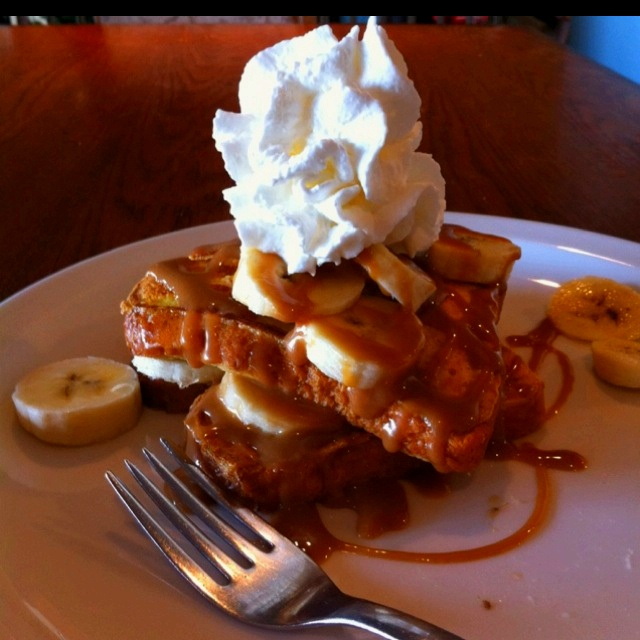 Bananas foster French toast | I Just Want to Cook | Pinterest