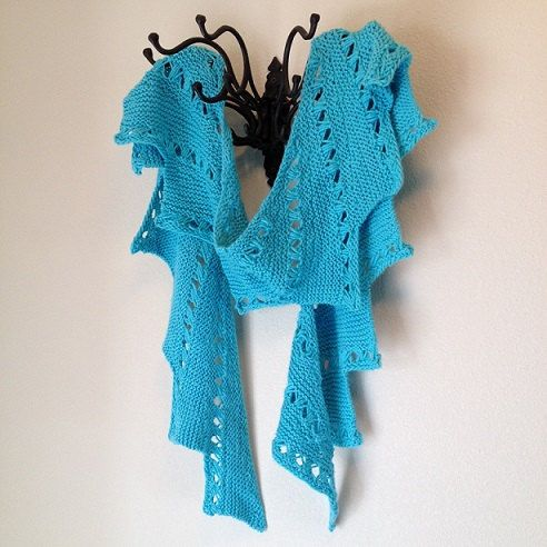 How to Make a loom-knitted snowy sparkle scarf (aka