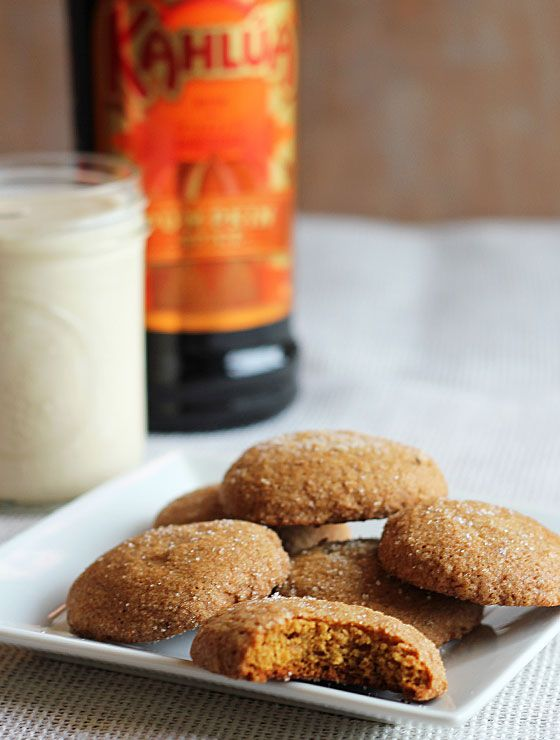 ... Pumpkin Gingersnap Cookies and a bottle of Kahlua Pumpkin Spice