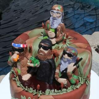 Duck Dynasty Cake from cakecentral.com