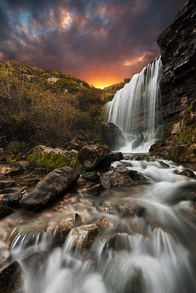 Landscape and waterfall photography cascata pinterest for Waterfall landscape